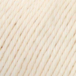 Yarn & Colors 002 cream